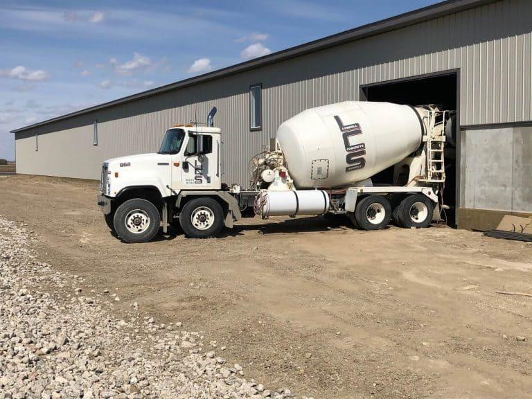 Lyndell Trucking Saskatoon